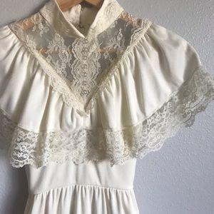 Vintage antique gorgeous lace wedding dress gown